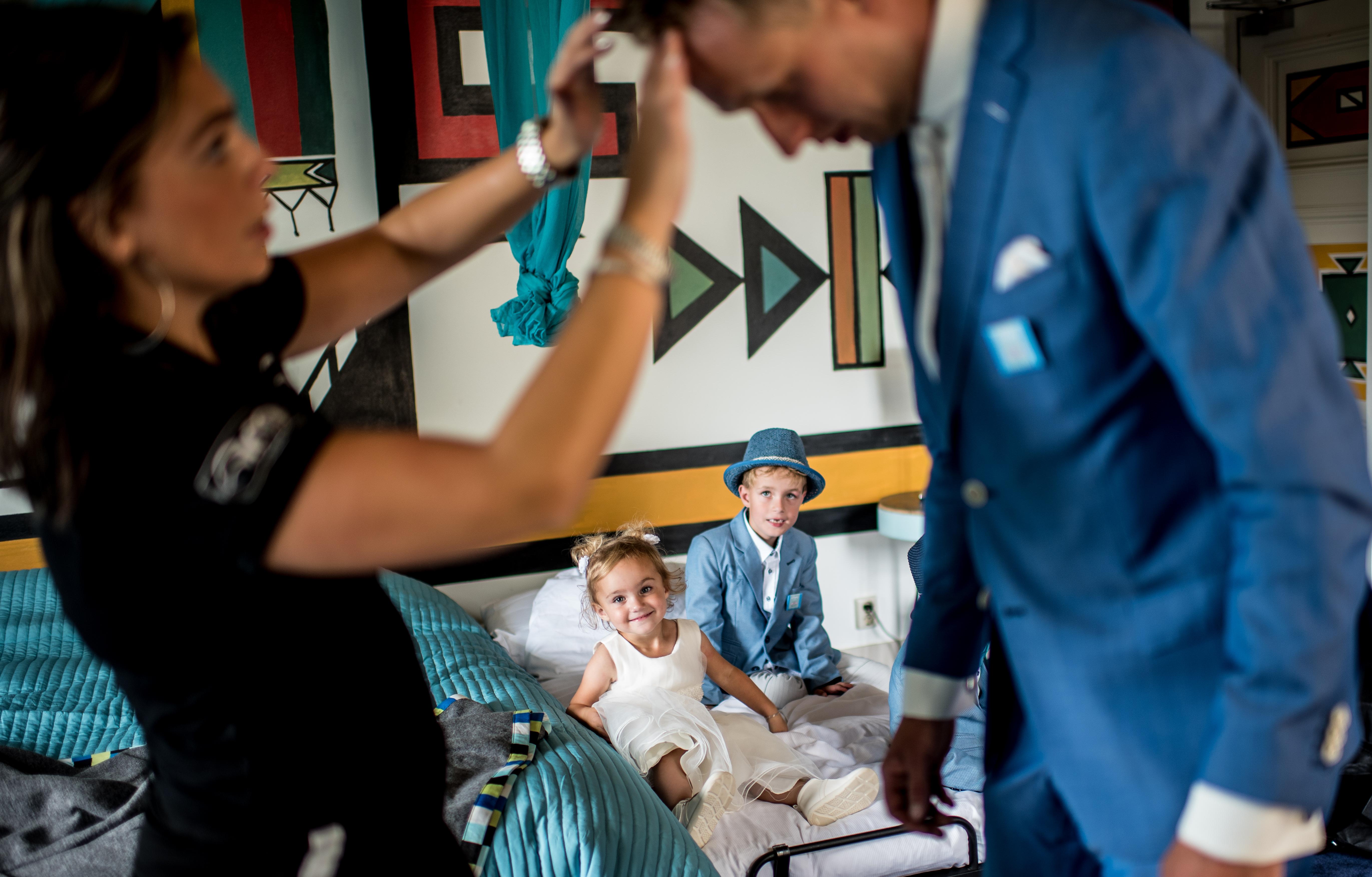 Bruiloftfotograaf-zwolle-bruidsreportage-fotograaf (48)